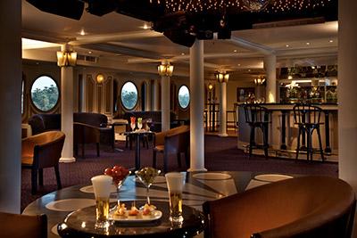 Interior of the restaurant aboard the Sonesta