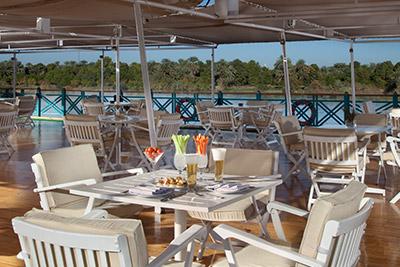 A great setting to eat breakfast aboard the Sonesta